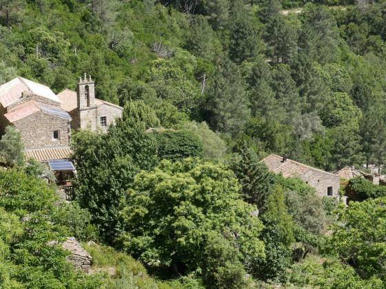 das verlassene Dorf Muna