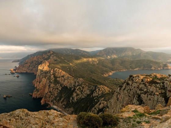 winterliches Panorama am Capu Rossu 2