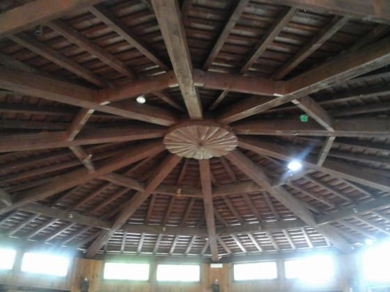 Casabianda, das Dach vom Fetsaal. Leider wird auch dieses schöne Stück vo Handwerkskunst abgerissen.