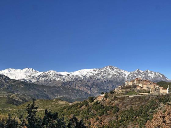 Tralonca und die Aiguilles de Rundinaia